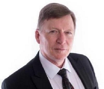 Photo of Dr. Matthew Bovee